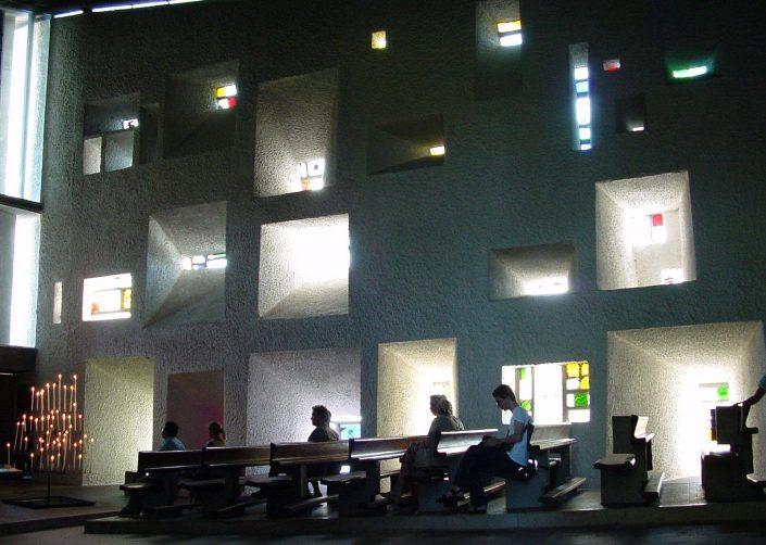 Ronchamp Le Corbusier  Kanye West Impromptu at Art Basel Ronchamp Le Corbusier 705x502