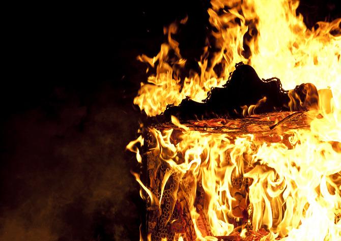 Tuomas Markunpoika cargo Cabinet Burn  Tuomas Markunpoika Tuomas Markunpoika cargo Cabinet Burn
