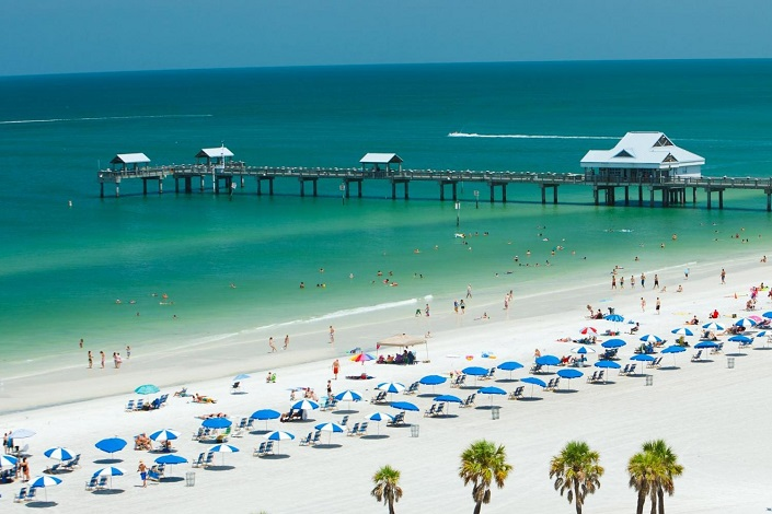 If You Re Planning To Visit The Sunshine State Can T Miss Out On Its Pristine Beaches Which Lure Every Tourist Surf And Sun Are Two Main
