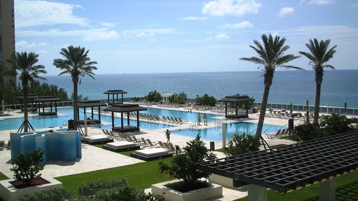 Miami-Beach-Restaurant Sunny Isles Beach sunny isles beach Best Destinations in Florida – Sunny Isles Beach Miami Beach Restaurant Sunny Isles Beach