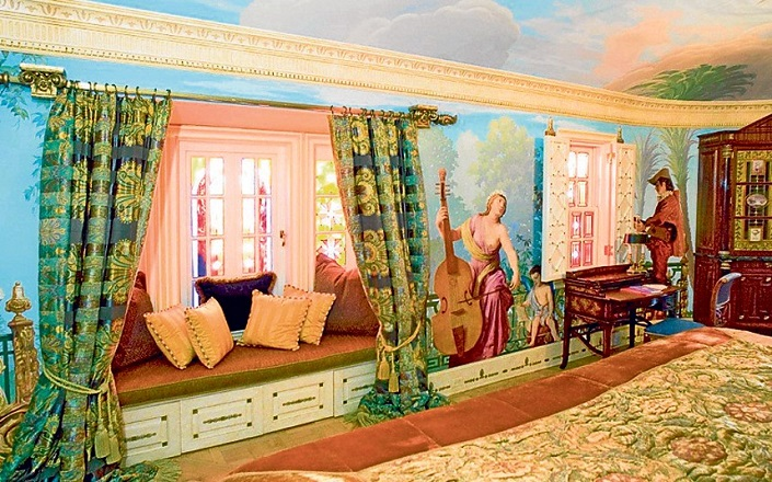 Versace Mansion: 20 Amazing Facts About Casa Casuarina versace mansion Versace Mansion: 20 Amazing Facts About Casa Casuarina Casa Casuarina Miami Versace8