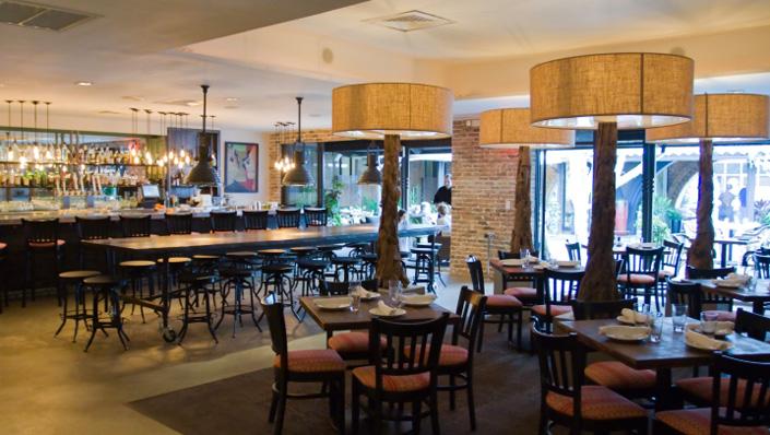 oak tavern  Best Places to Watch Sport Games oak tavern1