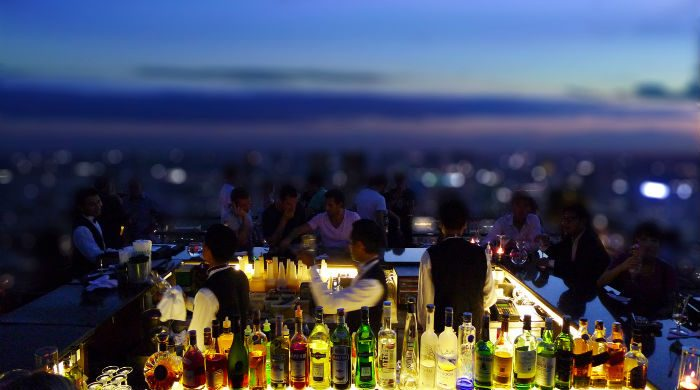 Amazing Rooftop Bars That Must Be in Your Miami To-Do List bar1 700x390