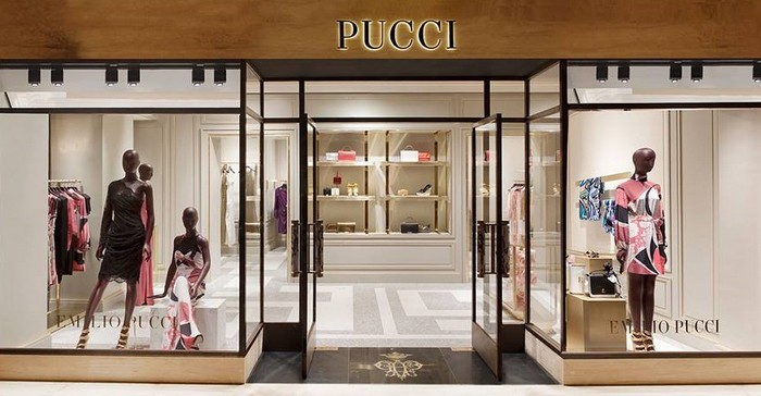 Emilio Pucci's New Boutique Makes a Swinging Impression  Emilio Pucci's New Boutique Makes a Swinging Impression Emilio Puccis New Boutique Makes a Swinging Impression 8