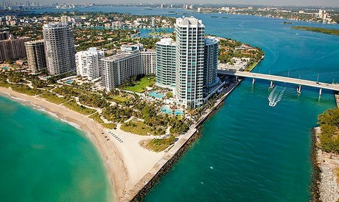 Bal Harbour Beach – One of the Best beaches to visit  Bal Harbour Beach – One of the Best beaches to visit BAL HARBOUR BEACH 4