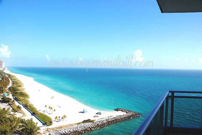 Bal Harbour Beach – One of the Best beaches to visit  Bal Harbour Beach – One of the Best beaches to visit BAL HARBOUR BEACH 51