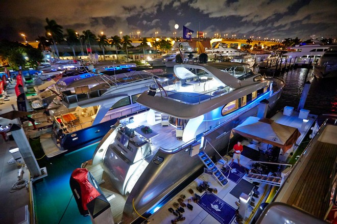 ft-lauderdale-boat-show-yachts