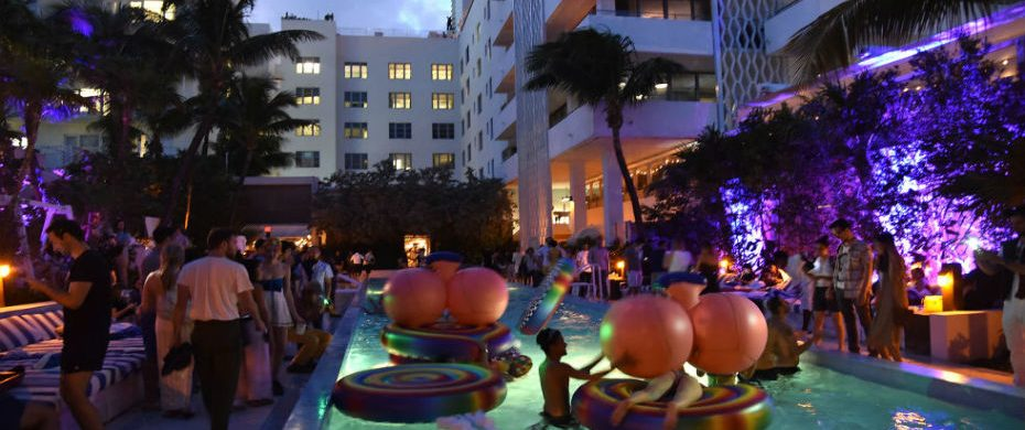 Art Basel Miami Things you can't miss at Art Basel Miami Beach 2016 landscape 1448915981 gettyimages 460007702 930x390