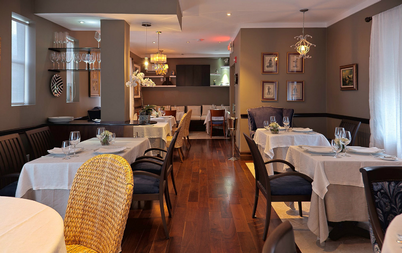 Fine Dining Restaurants to Experience in Miami Fine Dining Restaurants Fine Dining Restaurants to Experience in Miami Fine Dining Restaurants to Experience in Miami 4