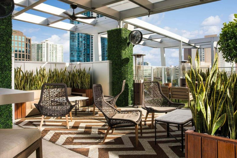 5 Stylish Hotspots While At Fort Lauderdale International Boat Show fort lauderdale international boat show 5 Stylish Hotspots While At Fort Lauderdale International Boat Show 5 Stylish Hotspots While At Fort Lauderdale International Boat Show 3 e1566475201824