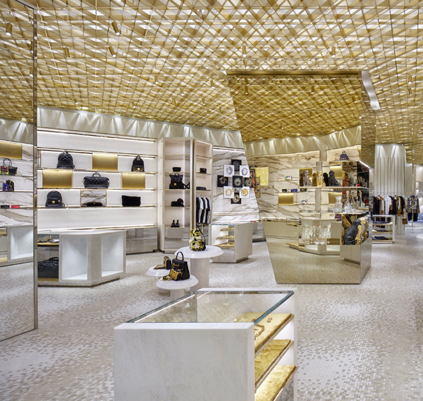 Behold Curiosity Japan's Amazing Versace Miami Store curiosity japan Behold Curiosity Japan's Amazing Versace Miami Store Behold Curiosity Japans Amazing Versace Miami Store 2