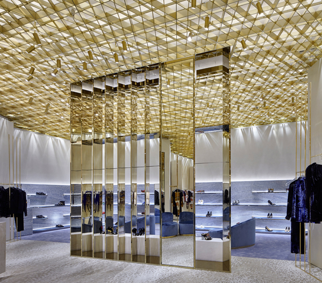 Behold Curiosity Japan's Amazing Versace Miami Store curiosity japan Behold Curiosity Japan's Amazing Versace Miami Store Behold Curiosity Japans Amazing Versace Miami Store 4