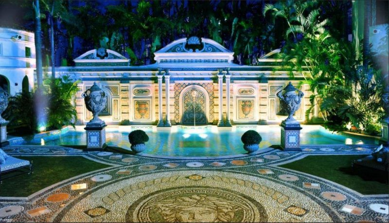 Villa Casa Casuarina, Ocean Drive's Most Perfect Gem villa casa casuarina Villa Casa Casuarina, Ocean Drive's Most Perfect Gem Villa Casa Casuarina Ocean Drives Most Perfect Gem 4 e1567153756358