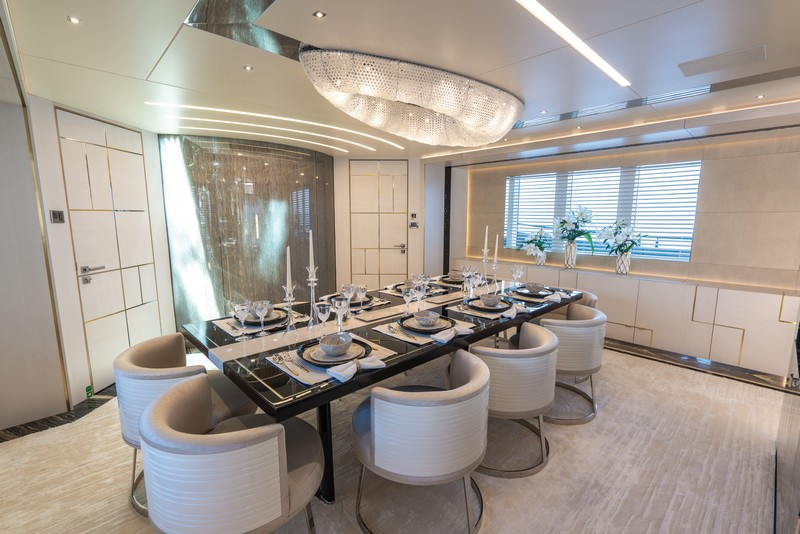 lilium yacht Lilium Yacht, The Ultimate Luxurious Yacht Interiors Experience Lilium Yacht The Ultimate Luxurious Yacht Interiors Experience 3