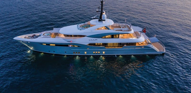 lilium yacht Lilium Yacht, The Ultimate Luxurious Yacht Interiors Experience Lilium Yacht The Ultimate Luxurious Yacht Interiors Experience 6 800x390
