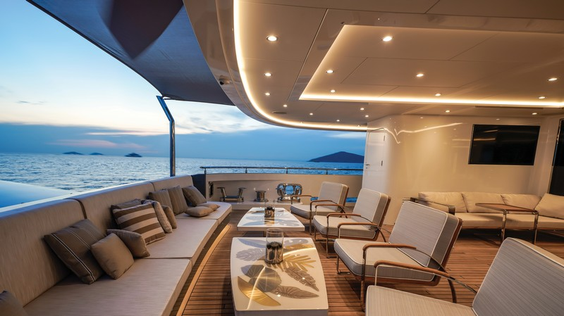 lilium yacht Lilium Yacht, The Ultimate Luxurious Yacht Interiors Experience Lilium Yacht The Ultimate Luxurious Yacht Interiors Experience