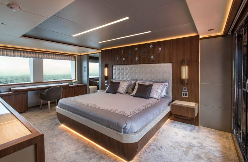 majesty 140 Majesty 140 Crowned The Best Of Show At FLIBS 2019 Majesty 140 Crowned The Best Of Show At FLIBS 2019 3 e1572876513391