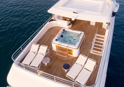 majesty 140 Majesty 140 Crowned The Best Of Show At FLIBS 2019 Majesty 140 Crowned The Best Of Show At FLIBS 2019 404x282