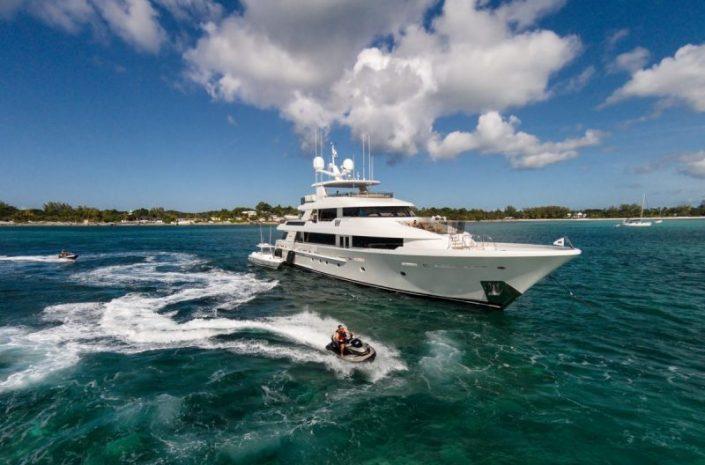 westport yachts Meet Westport Yachts, America's Yacht Builders Meet Westport Yachts Americas Yacht Builders4 705x465