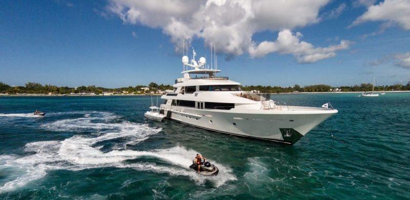 westport yachts Meet Westport Yachts, America's Yacht Builders Meet Westport Yachts Americas Yacht Builders4 800x390