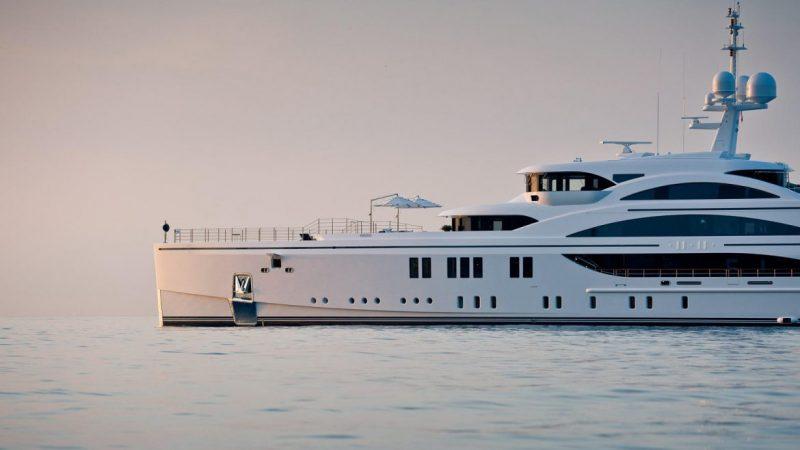 palm beach international boat show Admire The Yachts Unveiling At Palm Beach International Boat Show Admire The Yachts Unveiling At Palm Beach International Boat Show 4 scaled e1582820566992