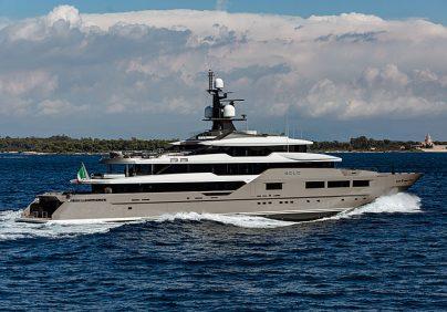 miami yacht show Amazing Superyachts Unveiling At The Miami Yacht Show Amazing Superyachts Unveiling At The Miami Yacht Show1 404x282