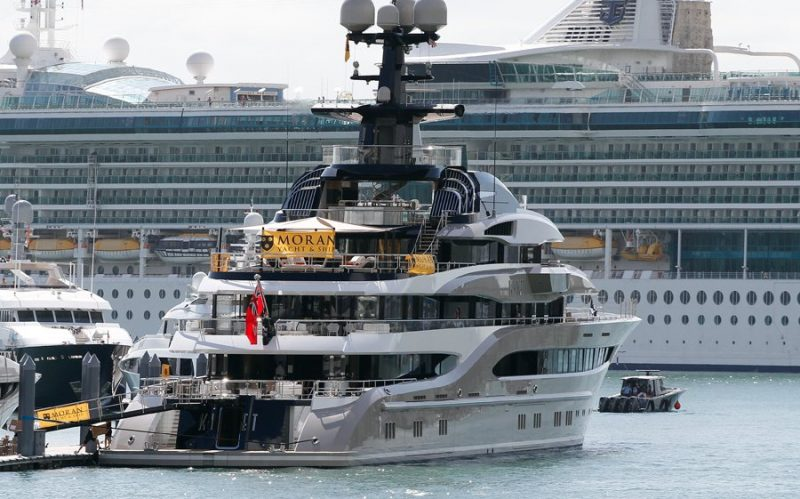 miami yacht show Countdown For The Miami Yacht Show Begins! Countdown For The Miami Yacht Show Begins1